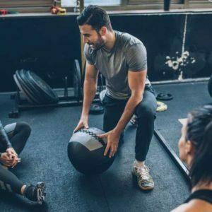 Trening personalny trener z podopiecznymi